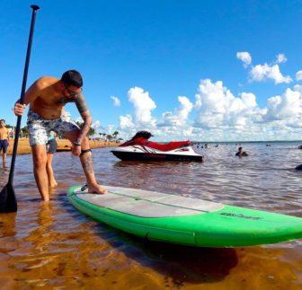 Grupo de Remadores pratica Stand up Paddle nas águas do Rio Tietê na Cidade de Pereira Barreto